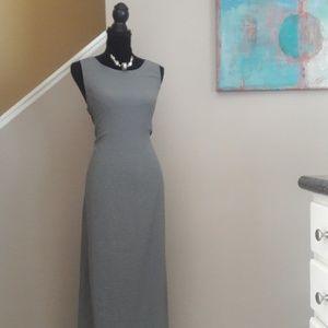 Valerie Stevens/ Grey/ White/ Plaid /Maxi Dress